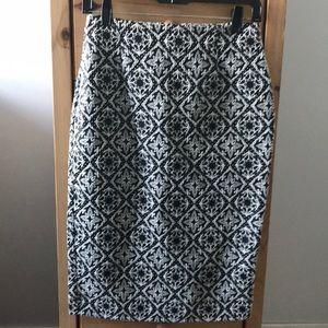 Zara Skirts - Zara black and white print pencil skirt